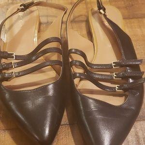 Black pointed toe shoe